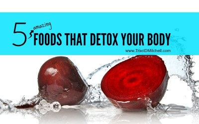 5 Detoxifying Foods For Your Body
